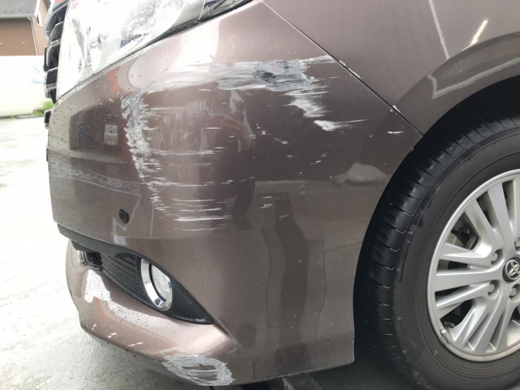 トヨタ エスクァイア バンパー エグレ