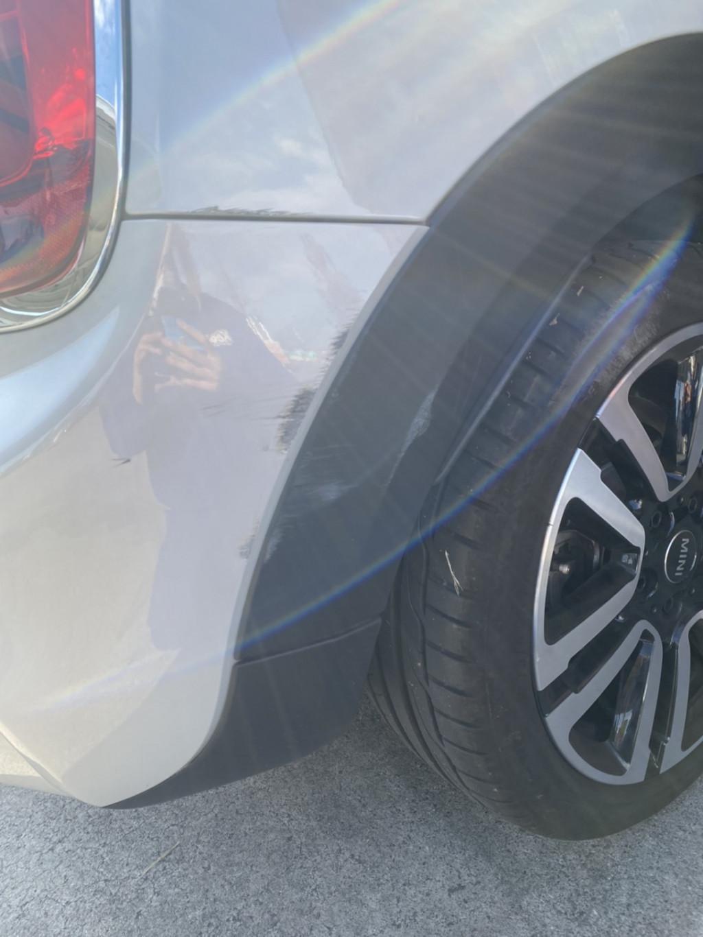 ミニ BMW ミニ バンパー エグレ