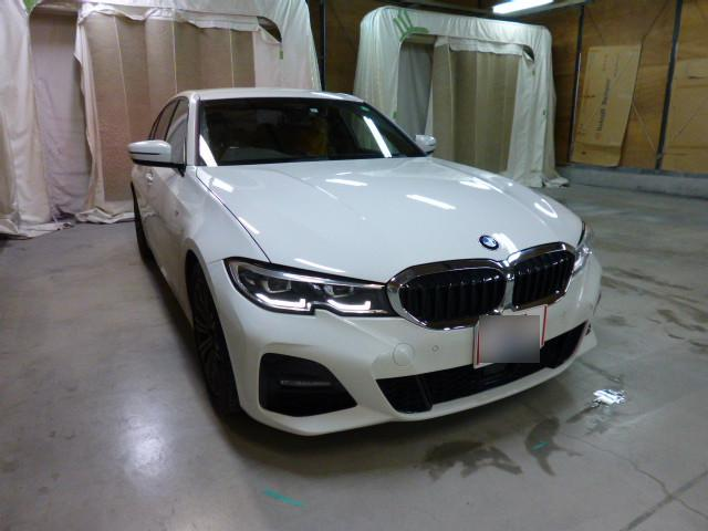 BMW BMW 3シリーズ バンパー へこみ