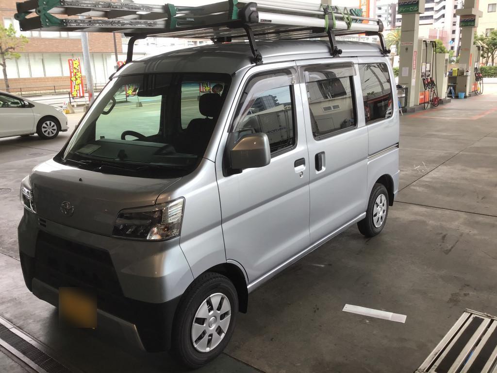 トヨタ ピクシスバン ドア 線キズ