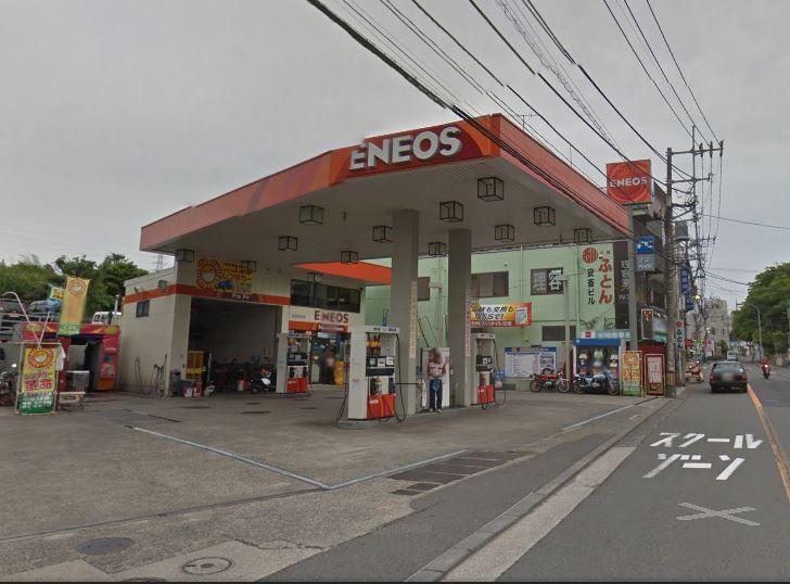 ピッカーズ横浜鴨居駅前店外観