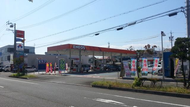 ピッカーズ静岡高松店外観